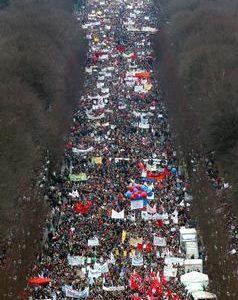 Friedensdemonstration am 15. 02. 03 in Berlin