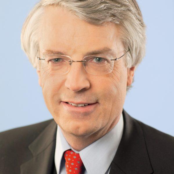 Porträtfoto von Jochen Dieckmann