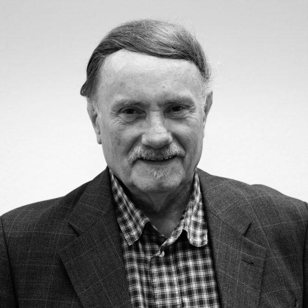 Porträtfoto von Wilfried Kramps in schwarz-weiß