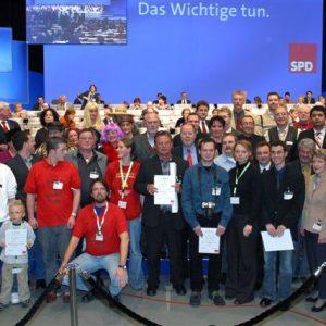 Gruppenbild der Preisträger des Dröscher Preis während des Bundesparteitages in Bochum am 19. 11. 03
