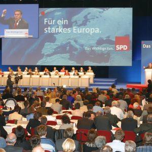 Plenum der Europadelegiertenkoferenz am 16. 11. 03 in Bochum