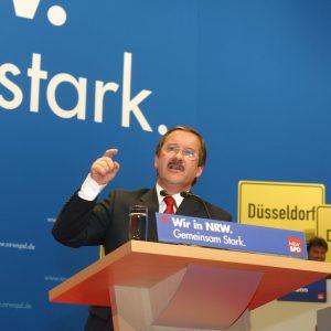 Harald Schartau auf dem Landesparteitag am 14.02.2004
