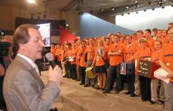 Franz Müntefering spricht zu den Jungen teams am 02. 06. 02