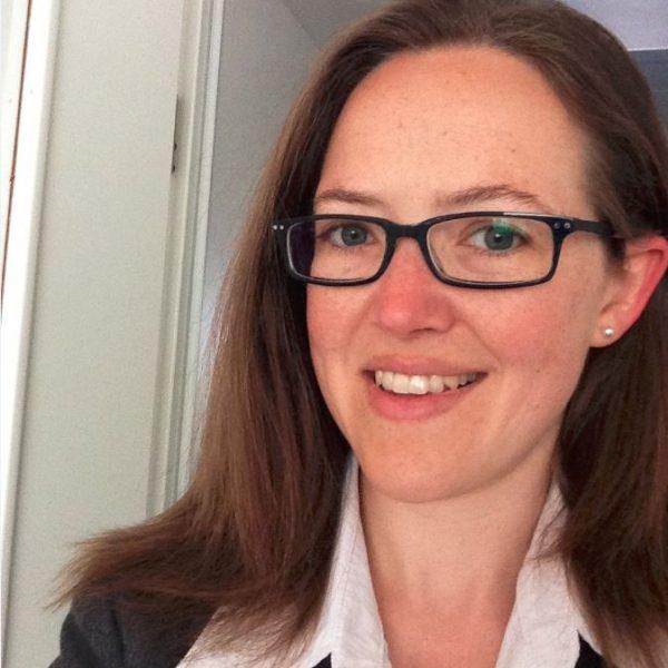 Dr. Anne Deike Riewe