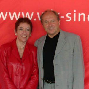 Dr. Lale Akgün und Jochen Welt beim Freitagsgespräch am 02. 08. 02