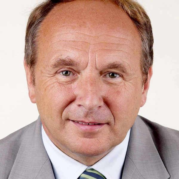 Porträtfoto von Jochen Welt
