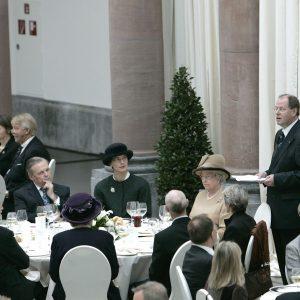 Tischrede von Ministerpräsident Peer Steinbrück anläßlich des Besuches von Königin Elisabeth II