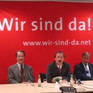 Pressekonferenz zur Bundestagswahl mit Franz Müntefering, Harald Schartau und Wolfgang Clement am 16. 09. 02