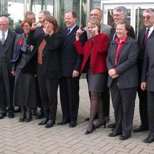 Gruppenbild des Düsseldorfer Kabinetts am 12. 11. 02