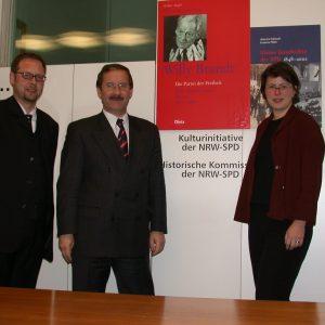 Karsten Rudolf, Harald Schartau und Cornelia Tauschbei der Friedrich Ebert Stiftung