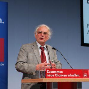 Bernd Faulenbach