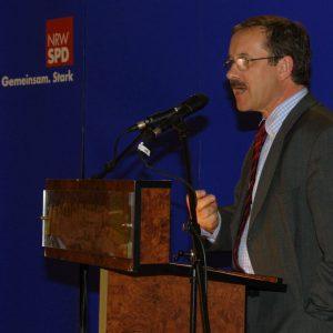 Rede von Harald Schartau während der Gelsenkirchener Gespräche am 14. 04. 02