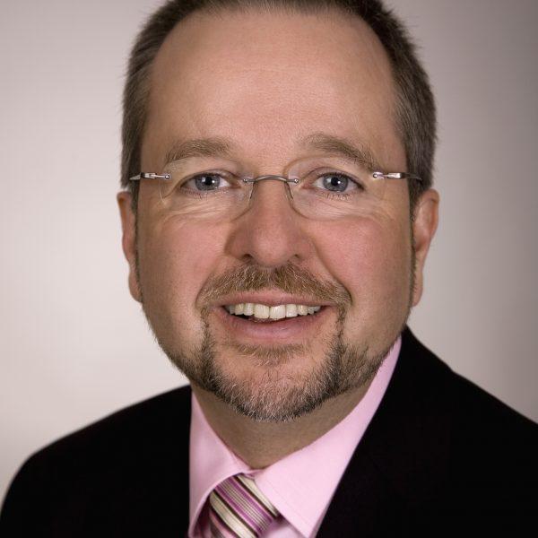 Porträtfoto von Ansgar Müller