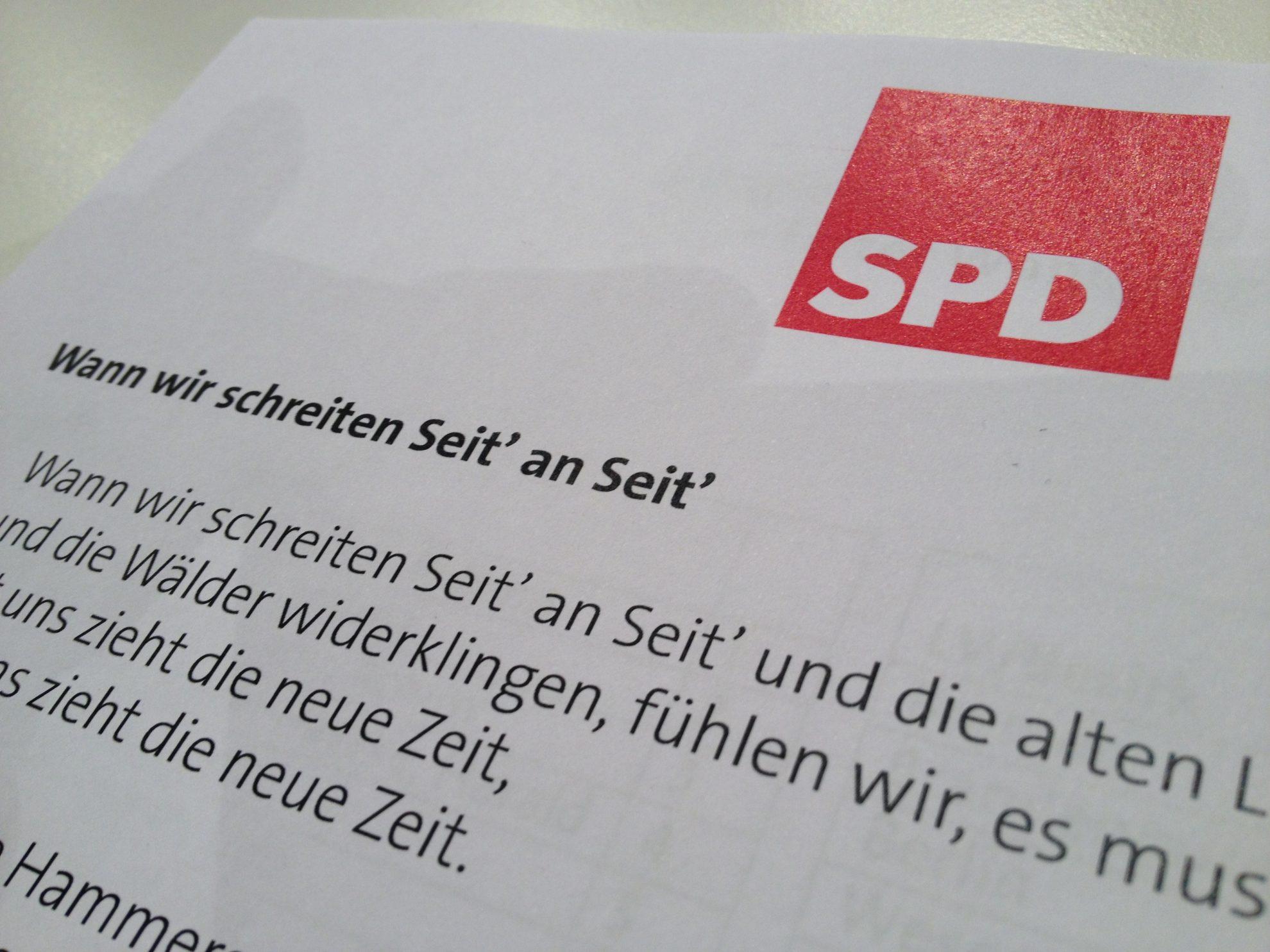 wir schreiten seit an seit spd › NRWSPD