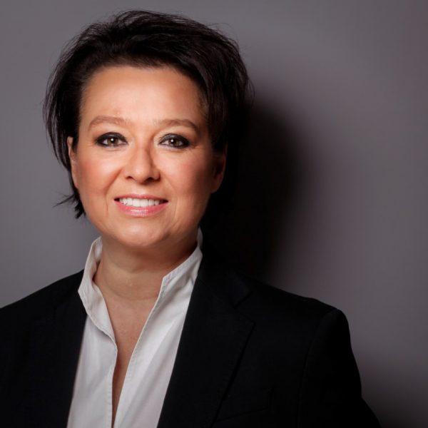 Porträtfoto von Britta Drolshagen