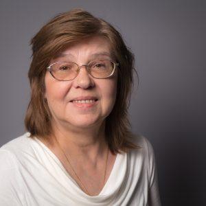 Porträtfoto von Ina Lewandowski