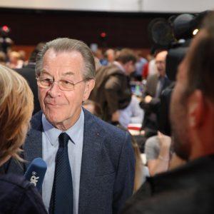 Franz Müntefering wird vom WDR interviewt