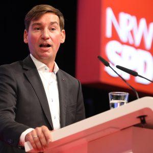 Sebastian Hartmann bei seiner Rede auf dem Landesparteitag