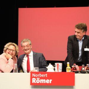 Norbert Römer, Svenja Schulze und Michael Groschek am Podium