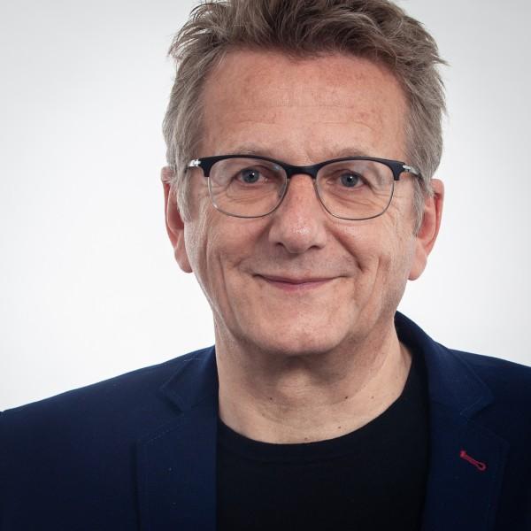 Porträtfoto von Dietmar Köster
