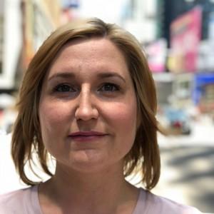 Porträtfoto von Julia Klewin