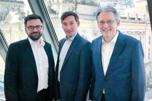 Gruppenfoto von Thomas Kutschaty, Sebastian Hartmann und Achim Post