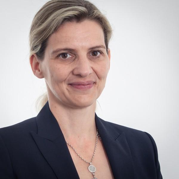 Porträtfoto von Marion Schnuck-Zenker
