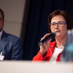 Birgit Sippel hält eine Rede bei der Kandidatenwahl für die Bundesdelegiertenkonferenz