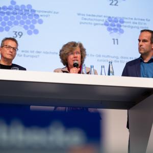Petra Kammerevert hält eine Rede bei der Kandidatenwahl für die Bundesdelegiertenkonferenz