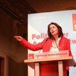 Katharina Barley bei ihrer Rede am politischen Aschermittwoch 2019