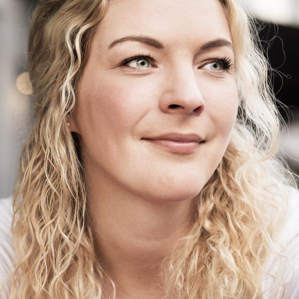 Porträtfoto von Sally Lisa Starken