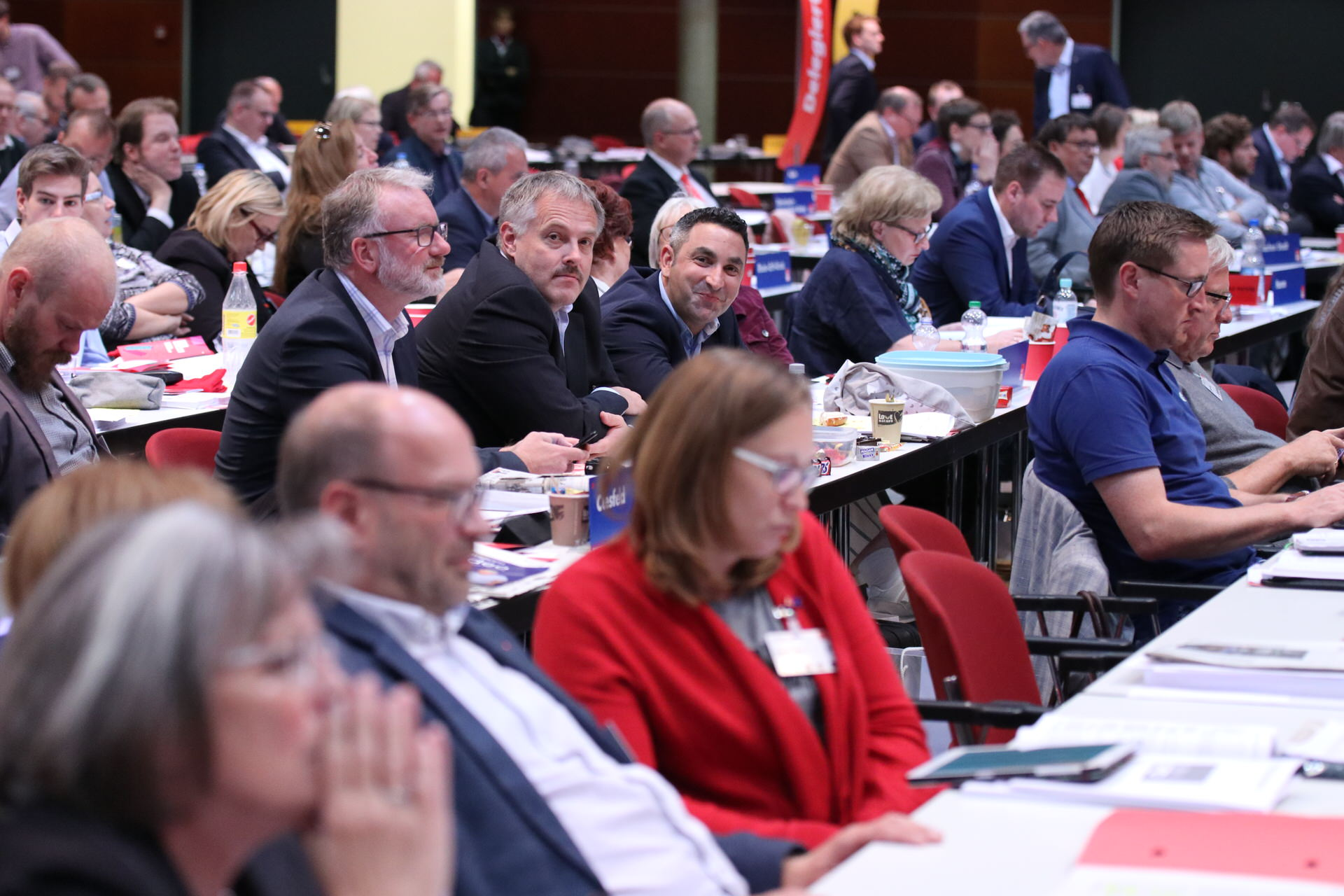 Delegierte auf dem außerordentlichen Landesparteitag 2019 in Bochum