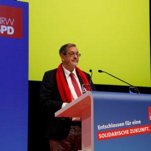 Michael Scheffler bei einer Rede auf dem außerordentlichen Landesparteitag 2019 in Bochum