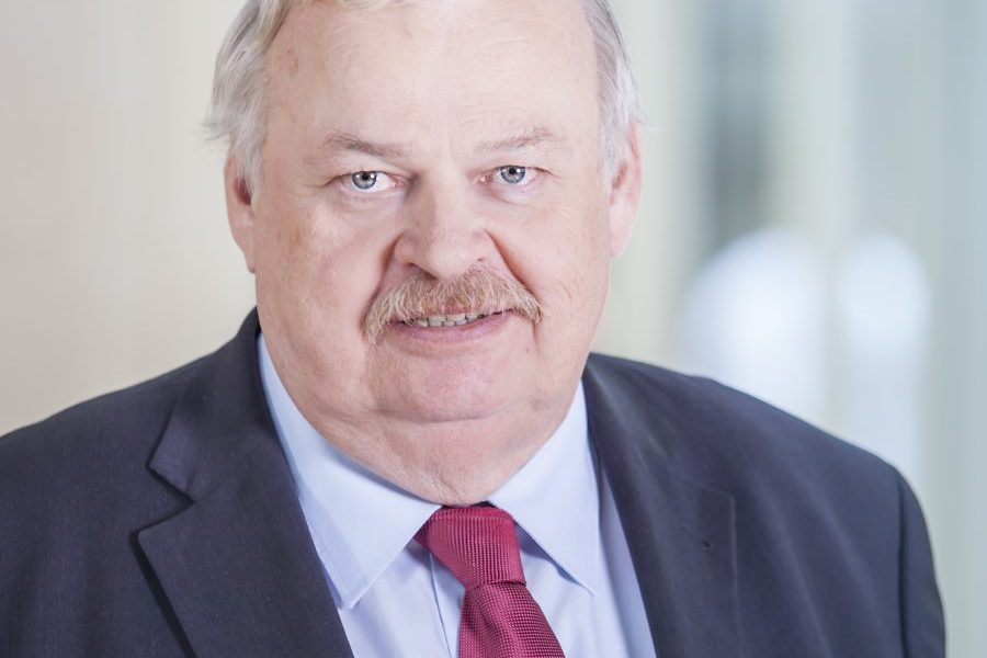 Porträtfoto von Guntram Schneider